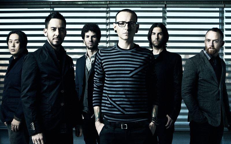 Linkin Park опубликовала видео последнего выступления Честера Беннингтона