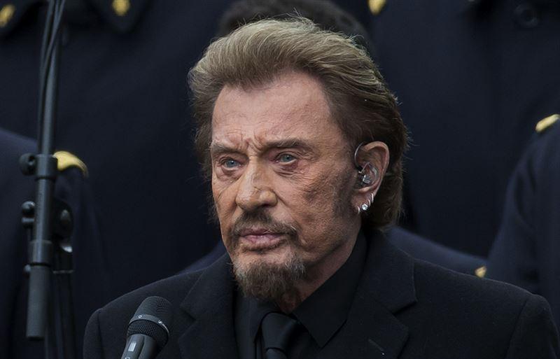 Во Франции скончался легендарный музыкант Джонни Холлидей