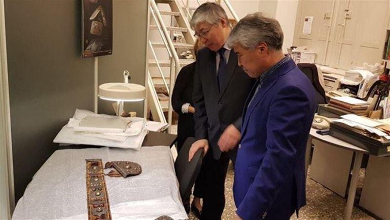 ФОТО: пояс хана Кенесары хранится в музее Санкт-Петербурга