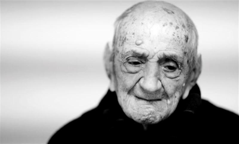 Самый старый человек в мире отмечает свой 113-ый День рождения