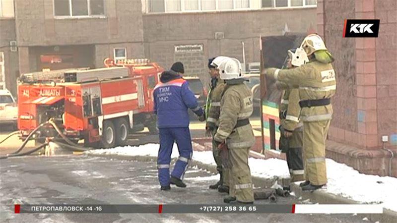 В Алматы горел пентхаус