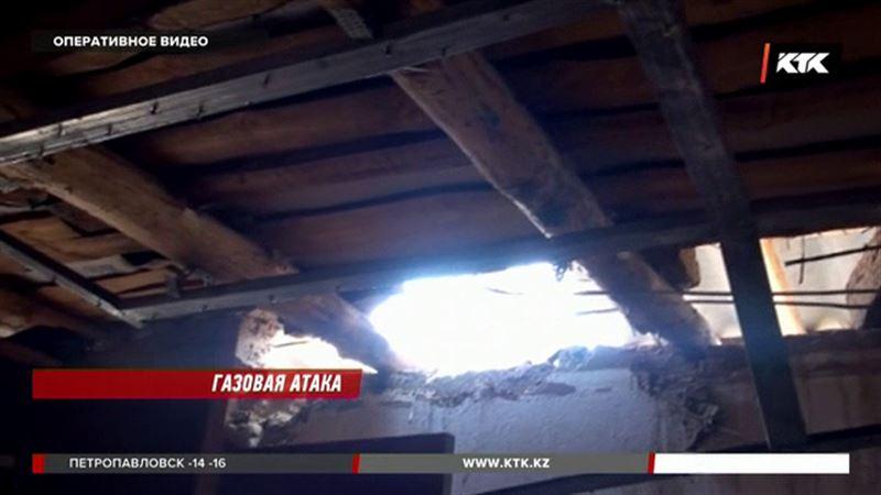 Шымкентские врачи спасают женщину и ее дочь, пострадавших при взрыве газа