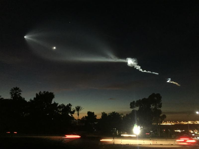 Жители Калифорнии приняли запуск ракеты Space X за НЛО