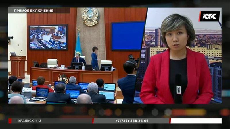 Депутаты ограничат интернет-информацию, побуждающую детей к суициду