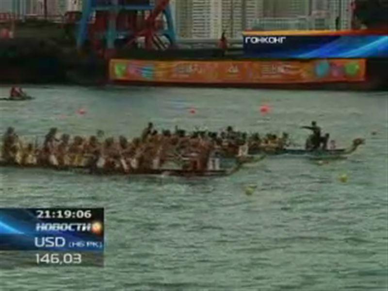 В Гонконге прошел фестиваль, посвященный китайским лодкам