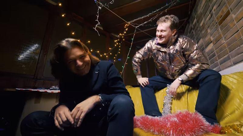 Дмитрий Маликов и Юрий Хованский спели пародию на песню «Розовое вино»