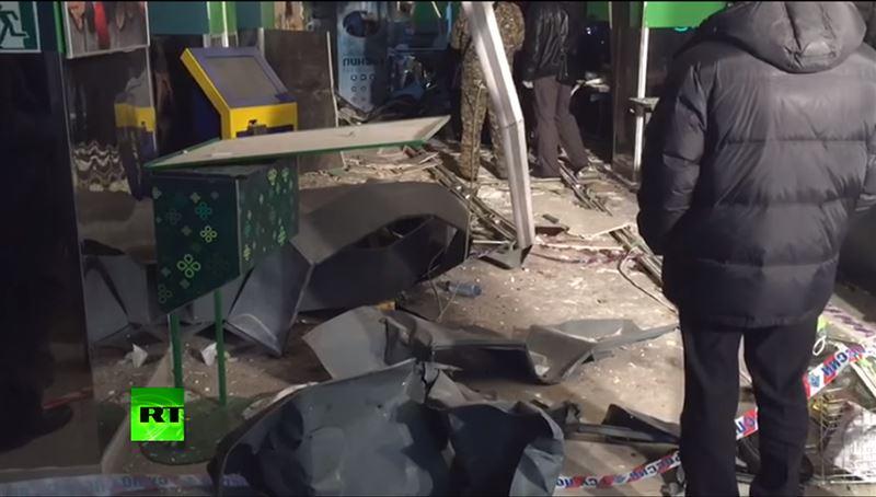 В магазине Санкт-Петербурга произошел взрыв