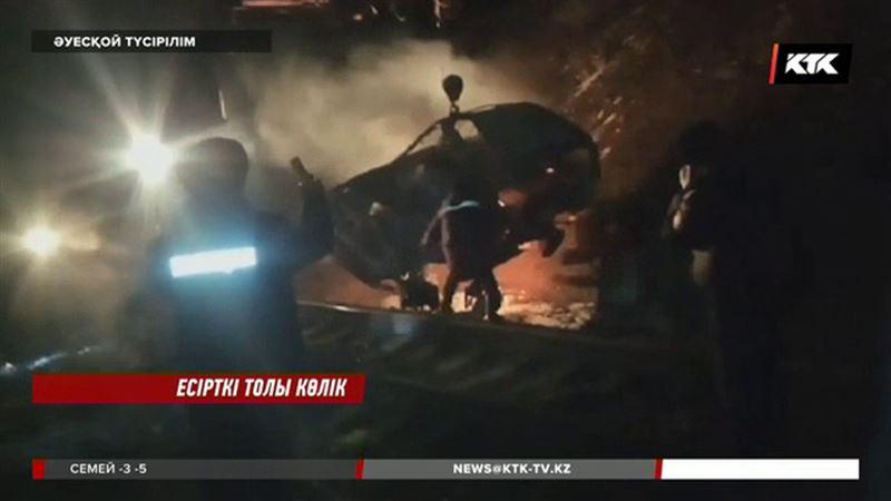 Жамбыл облысында есірткіге лық көлікті тастай қашқан жүргізуші іздестіріліп жатыр