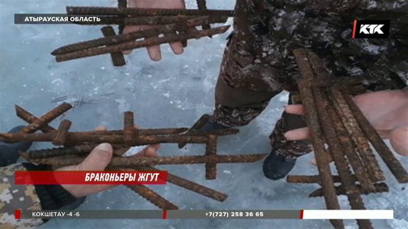 Атырауских инспекторов «поздравили» - прокололи шины