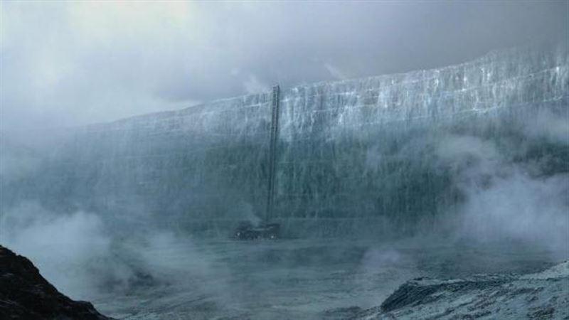 Огромная ледяная стена возникла между Россией и Китаем