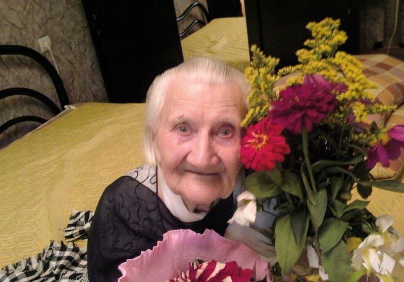 101 жастағы әже - әлеуметтік желінің белсенді қолданушысы