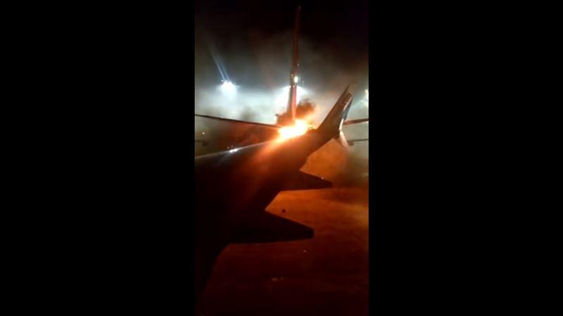 ВИДЕО: Произошло столкновение двух пассажирских самолетов в Торонто