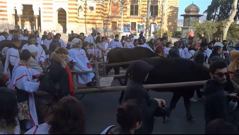 Православные Грузии отметили Рождество традиционным шествием «Алило»