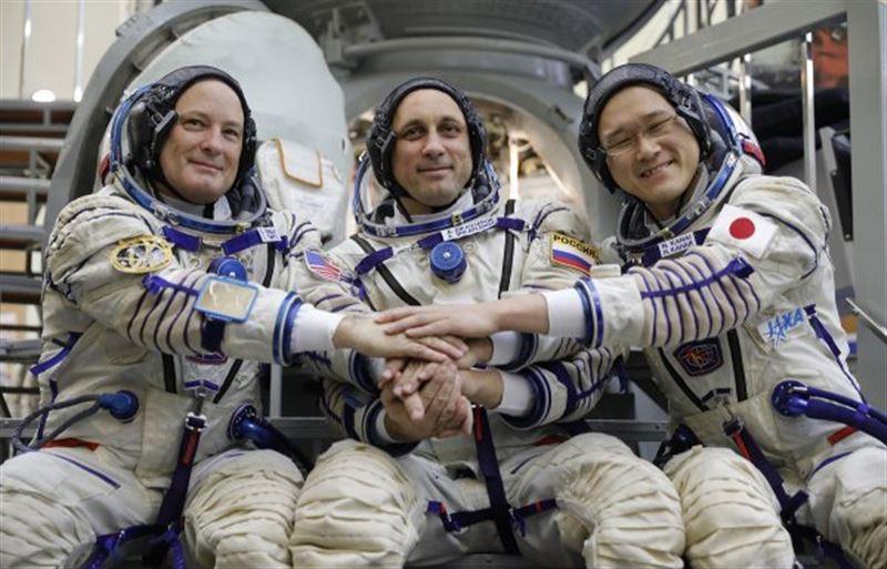 Японский астронавт стал выше на 9 сантиметров, проведя три недели на космической станции