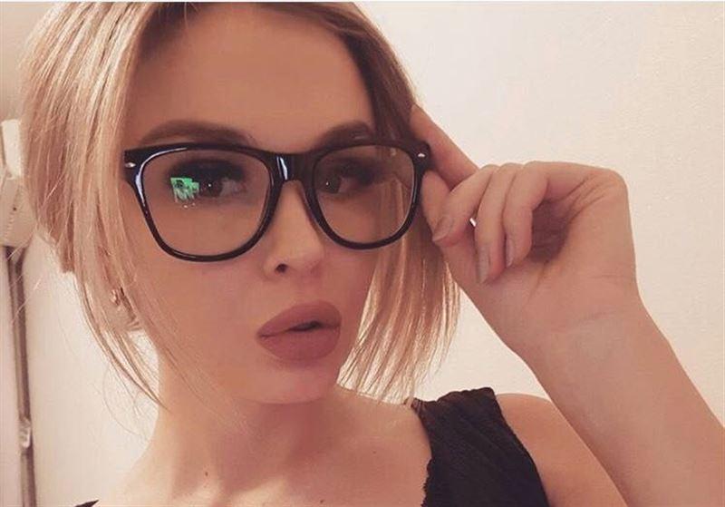 Казахстанская модель рассказала, что ей угрожает жена Аршавина