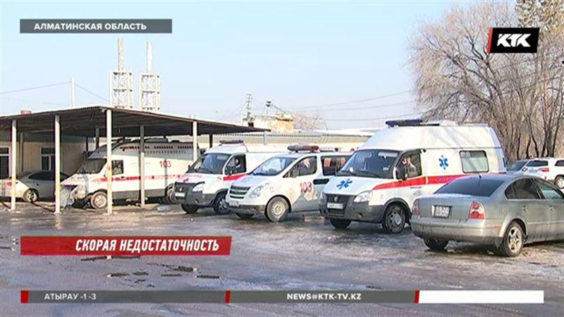 Жительница Алматинской области скорой не дождалась и сама повезла ребенка в больницу