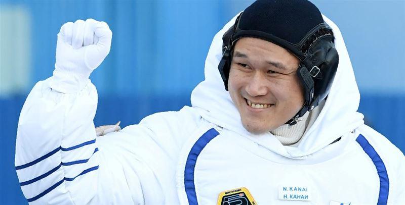 Японский космонавт сообщил, что ошибся в измерениях своего роста