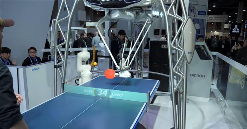 ВИДЕО: В Лас-Вегасе представили робота-тренера по настольному теннису