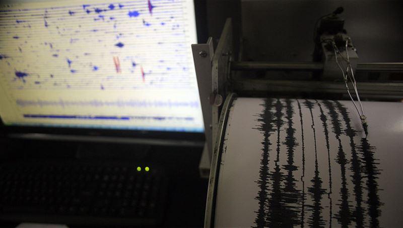 Жители массово покидают Аляску из-за угрозы цунами после землетрясения