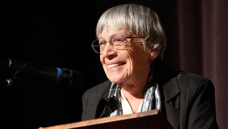 Писательница Урсула Ле Гуин скончалась в США