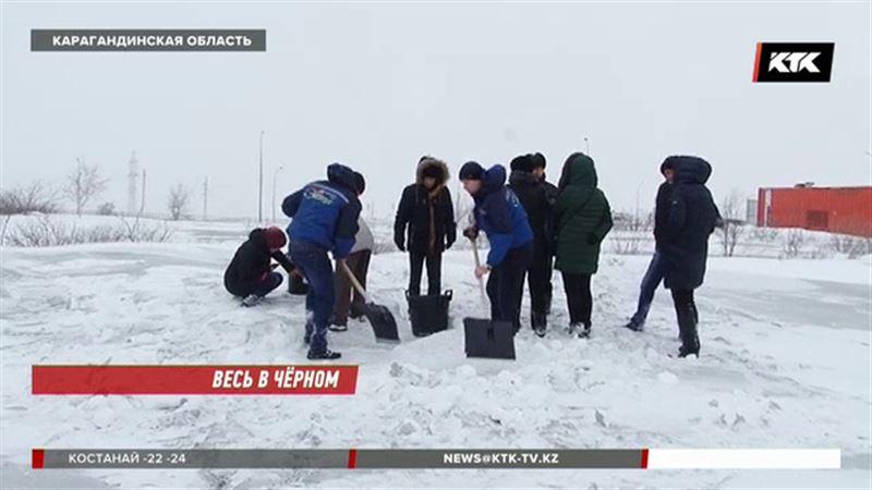 Причину чёрного снега в Темиртау назвали экологи