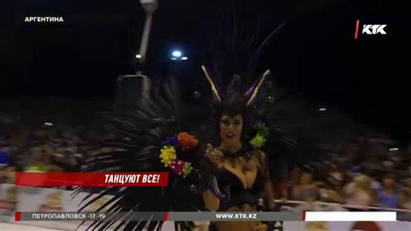 Школы самбы открыли самый продолжительный карнавал