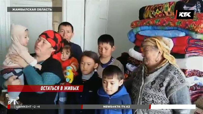 Многодетная семья, чудом спасшаяся при жутком пожаре, осталась на улице