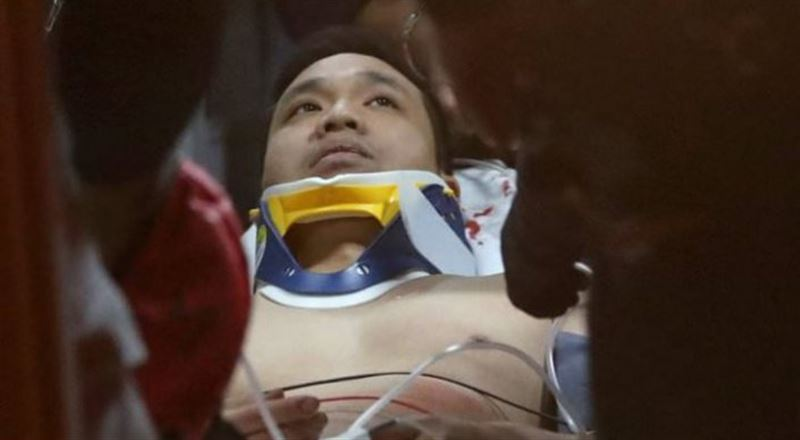 ФОТО: Нью-Йоркте айкезбе адам 8-қабаттан құлап, аман қалды
