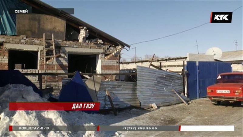 Взорвался дом, во дворе которого находилось сто газовых баллонов