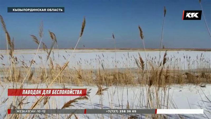 Наводнение в Кызылординской области – вода пробила дамбу