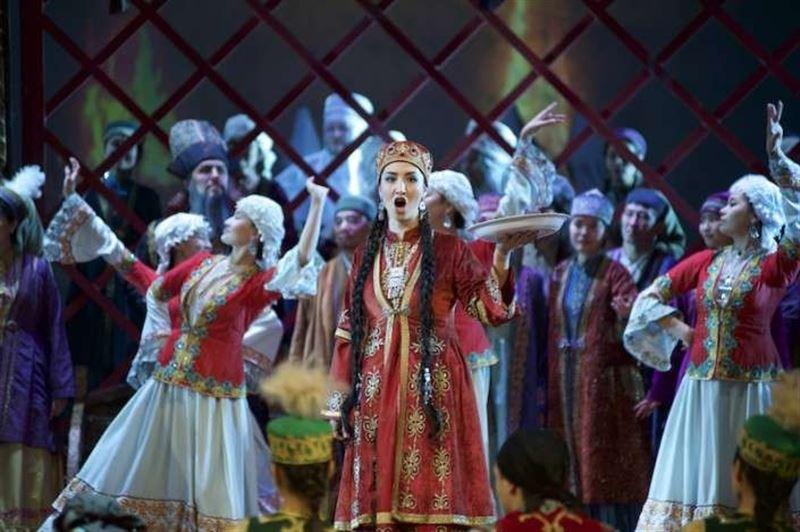 Итальянка с казахскими корнями дебютировала в опере «Абай» в Алматы