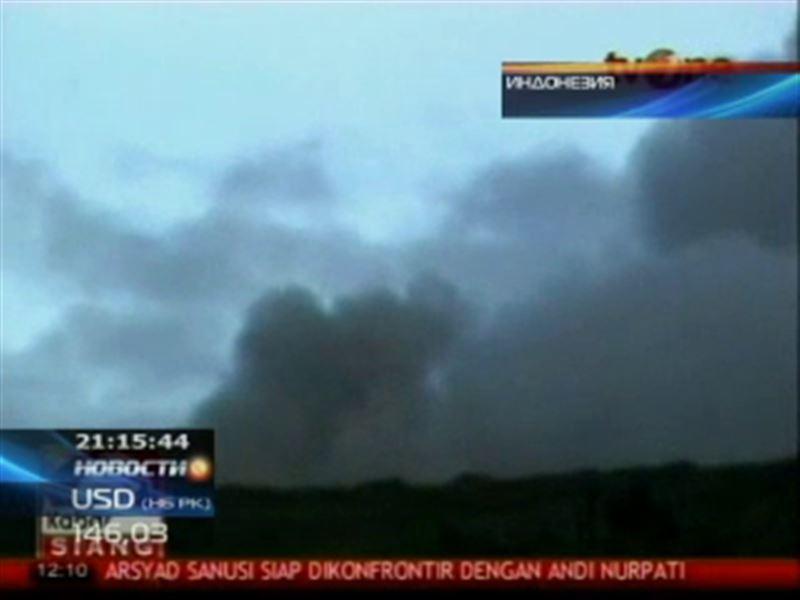 В Индонезии началось извержение вулкана Локон