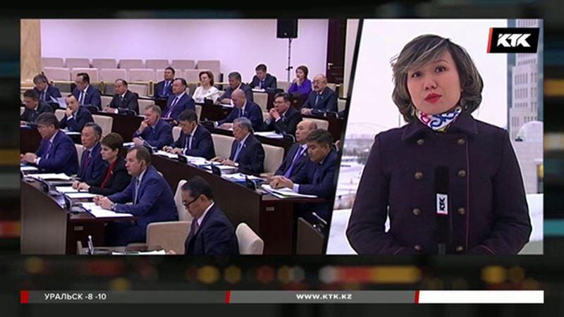 За сделки с криптовалютами казахстанцев предлагают штрафовать