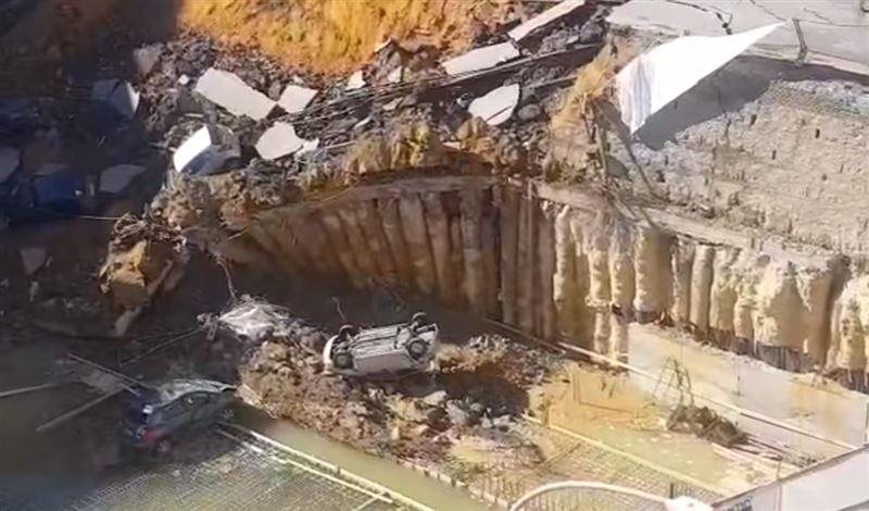 На севере Рима произошел обвал грунта