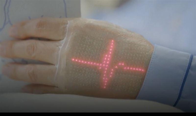 ВИДЕО: В Японии изобрели эластичный дисплей