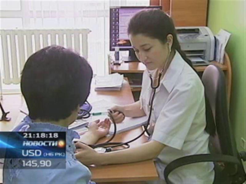 Казахстанские врачи решили проверить состояние здоровья госслужащих