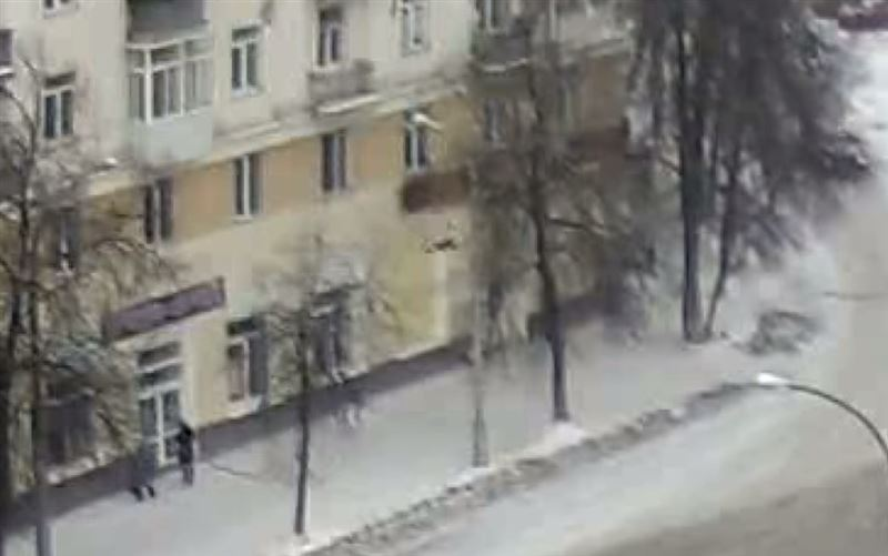 ШОК: Ребенок погиб, свалившись из окна на четвертом этаже