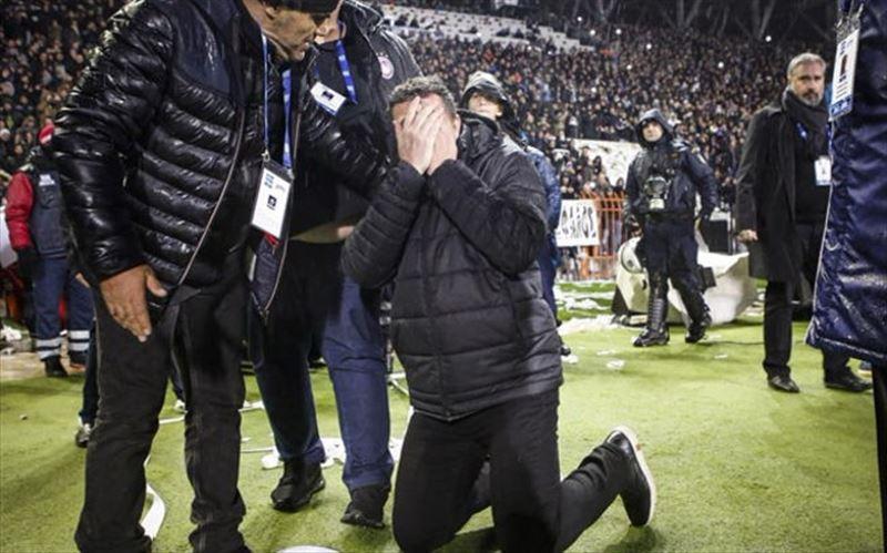 Футбольный матч в Греции отменили из-за рулона туалетной бумаги