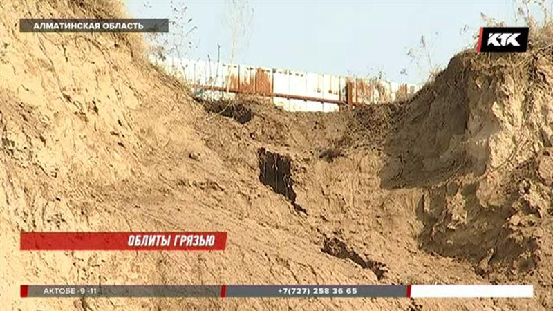 Угроза схода оползней объявлена в Алматинской области
