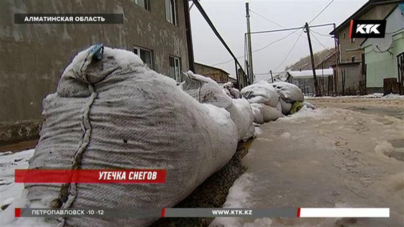 Службы ЧС Алматы и области переведены на усиленный режим работы
