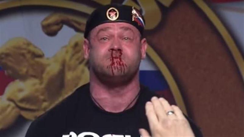 ВИДЕО: Пауэрлифтер поднял штангу 426 кг и истек кровью