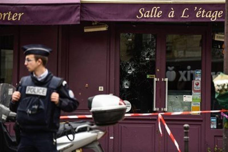 Посетителю парижского ресторана отрубили руки и сняли скальп