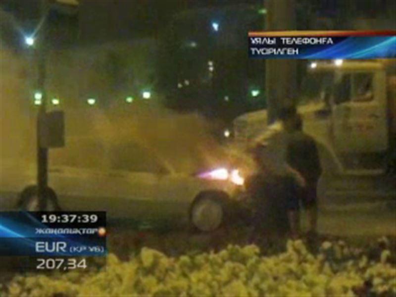 В центре Павлодара едва не взорвалась машина
