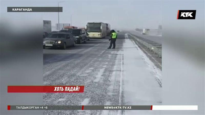 Многие казахстанцы рискуют встретить праздник в снежном плену