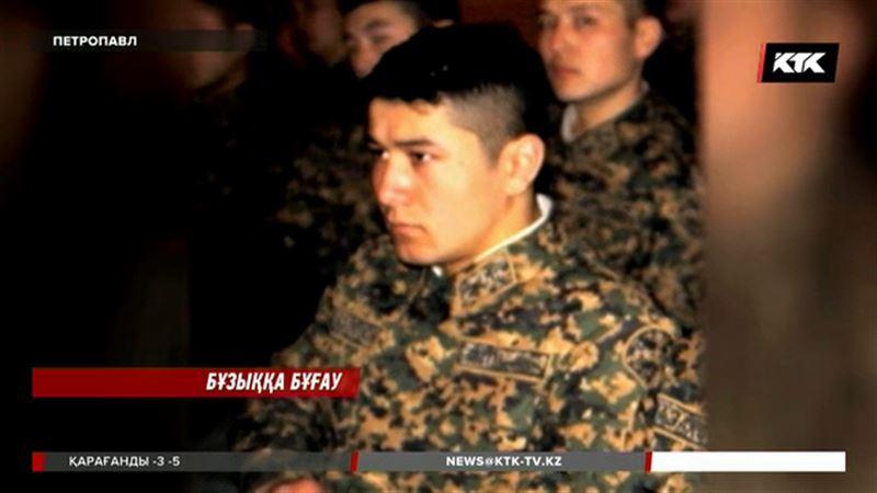 Астанада былтыр күзде өз курстасын пышақтап өлтірген курсантқа қатысты үкім шықты