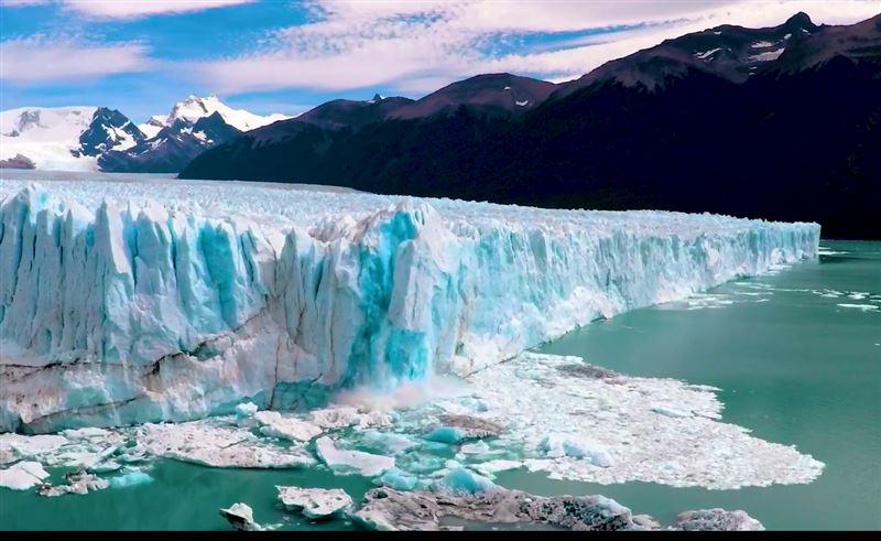 В Аргентине тает популярный среди туристов ледник