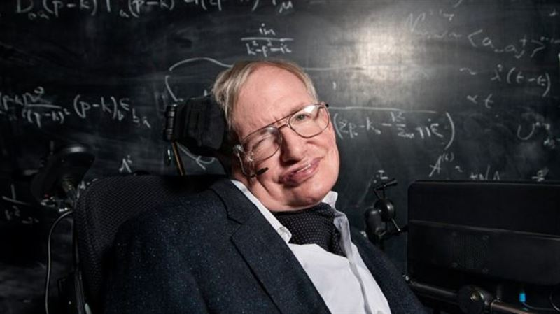 ВИДЕО: Белгілі физик Стивен Хокинг қайтыс болды