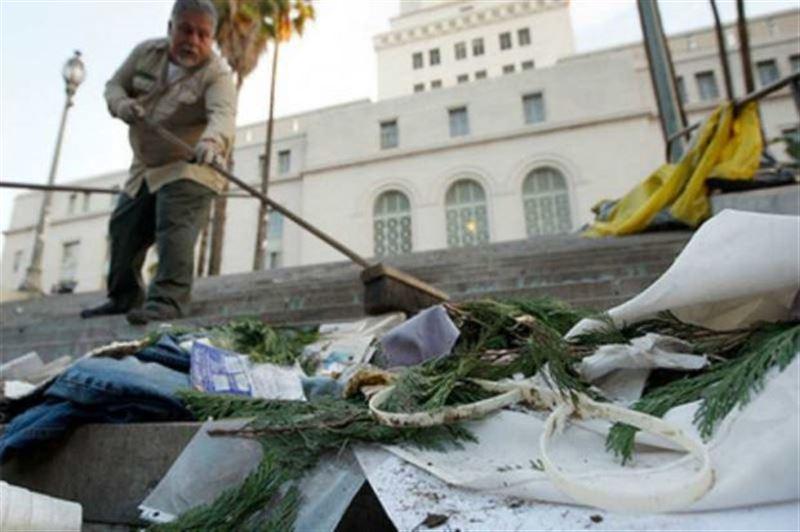 Қоқыстан құны 100,000 доллар тұратын гауһартас әшекейлер табылды