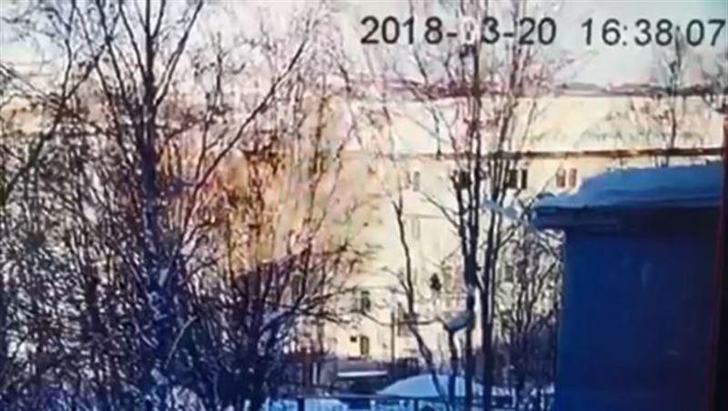 Момент взрыва в мурманской многоэтажке попал на видео