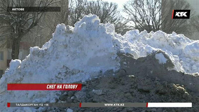 «Для нас это дико»: гости Актобе шокированы мартовским снегом